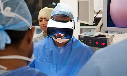 using-vr-in-medicine-surgery